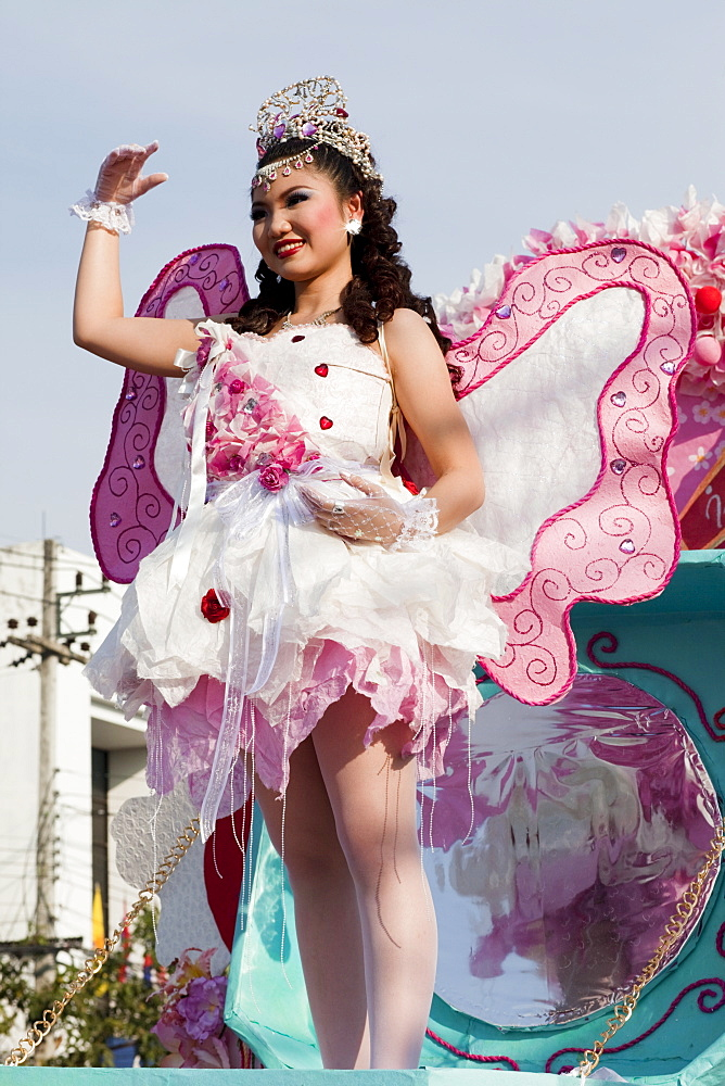 Beauty Queen at Chiang Mai Flower Festival Parade, Chiang Mai, Thailand, Southeast Asia, Asia