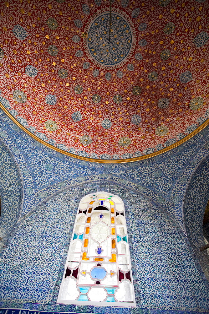 Interior of the Baghdad Pavilion, Topkapi Palace Museum, UNESCO World Heritage Site, Istanbul, Turkey, Europe