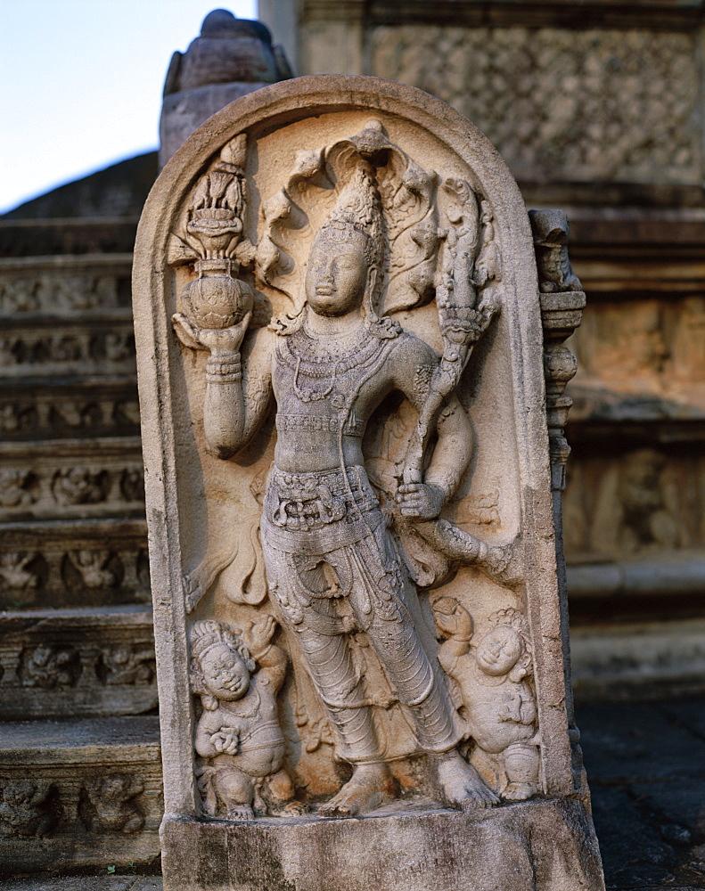 Stone statue, Polonnaruwa, UNESCO World Heritage Site, Sri Lanka, Asia