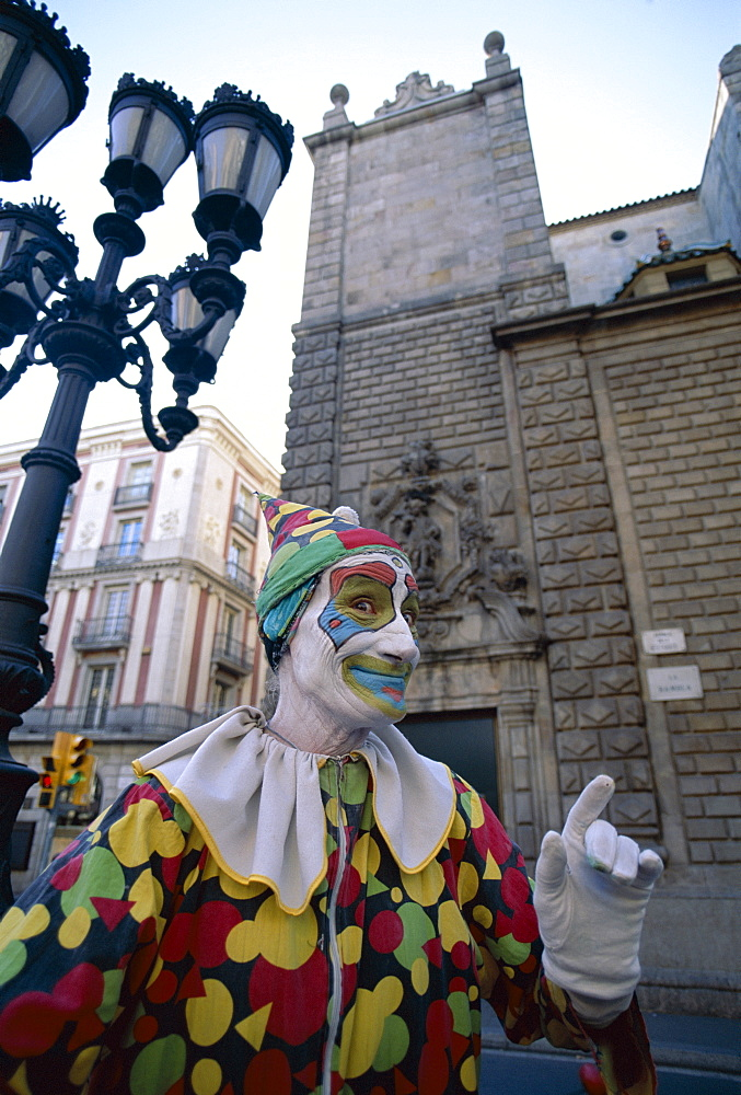 Street performer, Las Ramblas, Barcelona, Catalonia, Spain, Europe