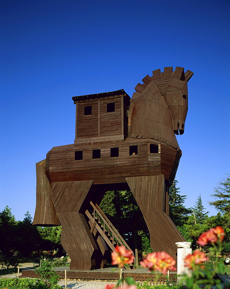 Trojan Horse Replica, Troy, UNESCO World Heritage Site, Anatolia, Turkey, Asia Minor, Euasia
