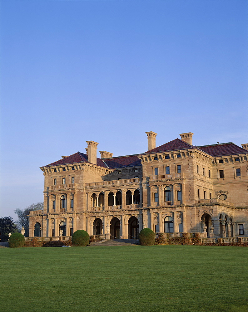 Breakers Mansion, owned by Cornelius Vanderbilt, Newport, Rhode Island, New England, United States of America, North America