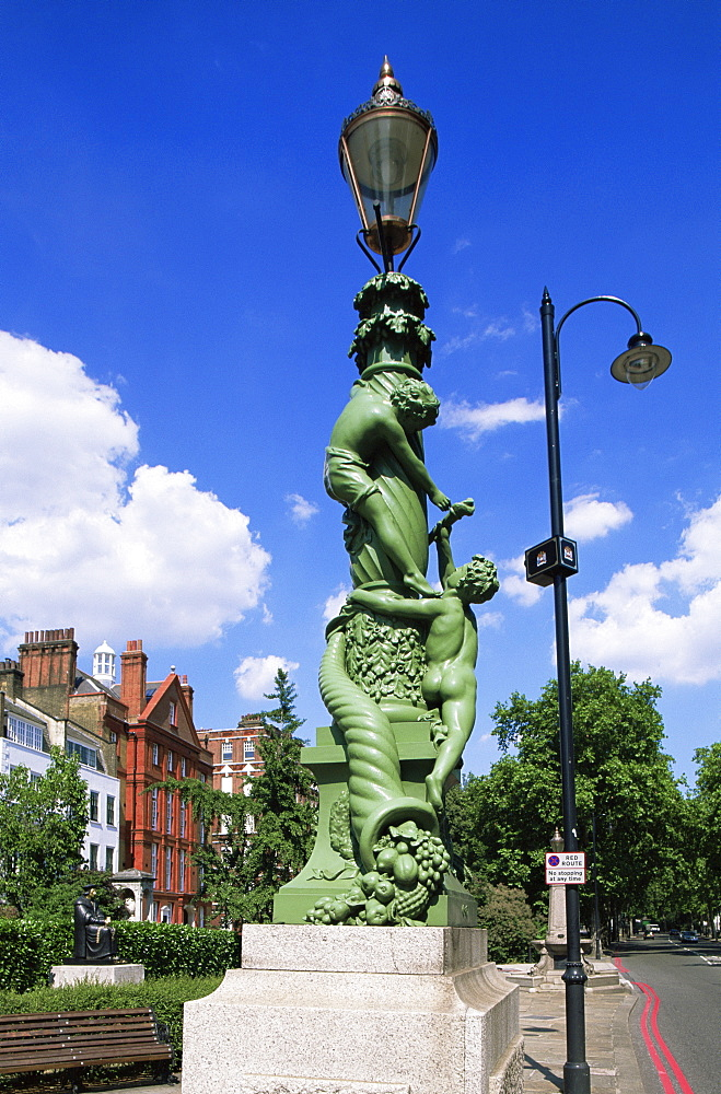 Victorian lamppost sculpture erected to mark the opening of Chelsea Embankment in May 1874, Chelsea, London, England, United Kingdom, Europe