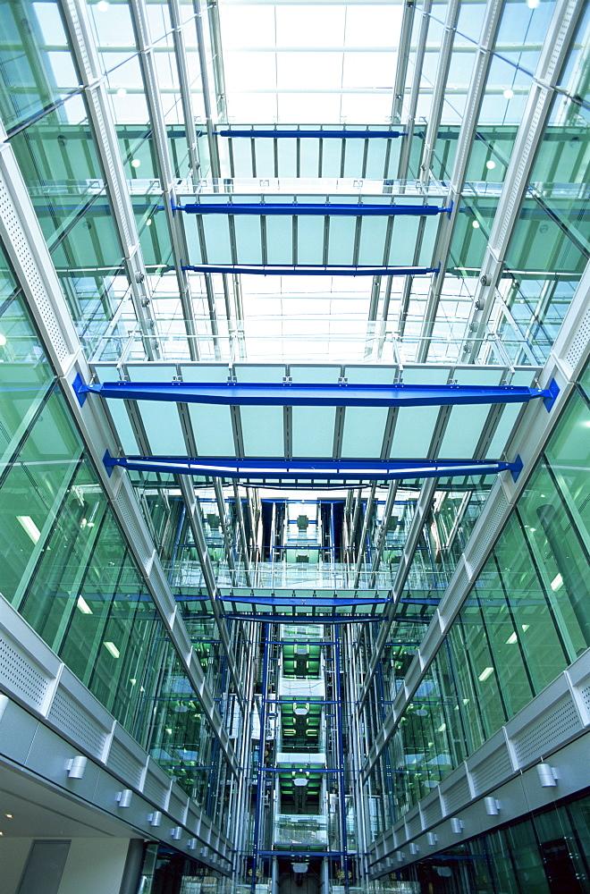Interior, Tower Bridge House, architects Richard Rogers Partnership, Tower Hamlets, London, England, United Kingdom, Europe