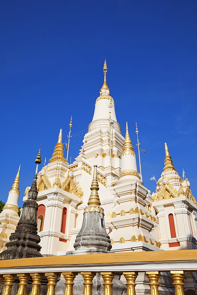 Wat Botum, Buddha's Relics Stupa, Phnom Penh, Cambodia, Indochina, Southeast Asia, Asia