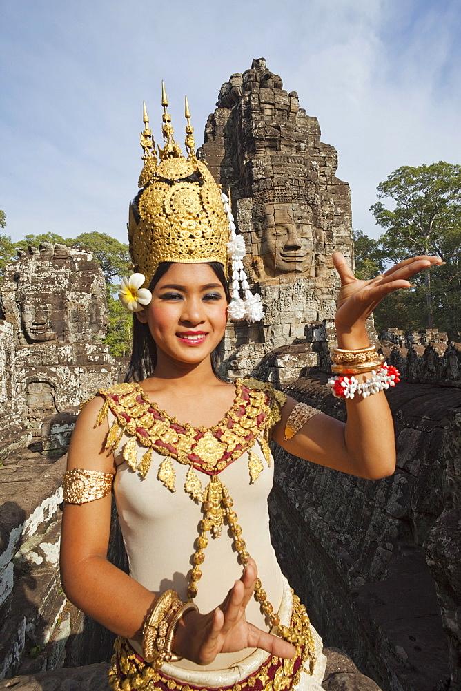Apsara dancer, BayonTemple, Angkor Thom, Angkor, Siem Reap, Cambodia, Indochina, Southeast Asia, Asia
