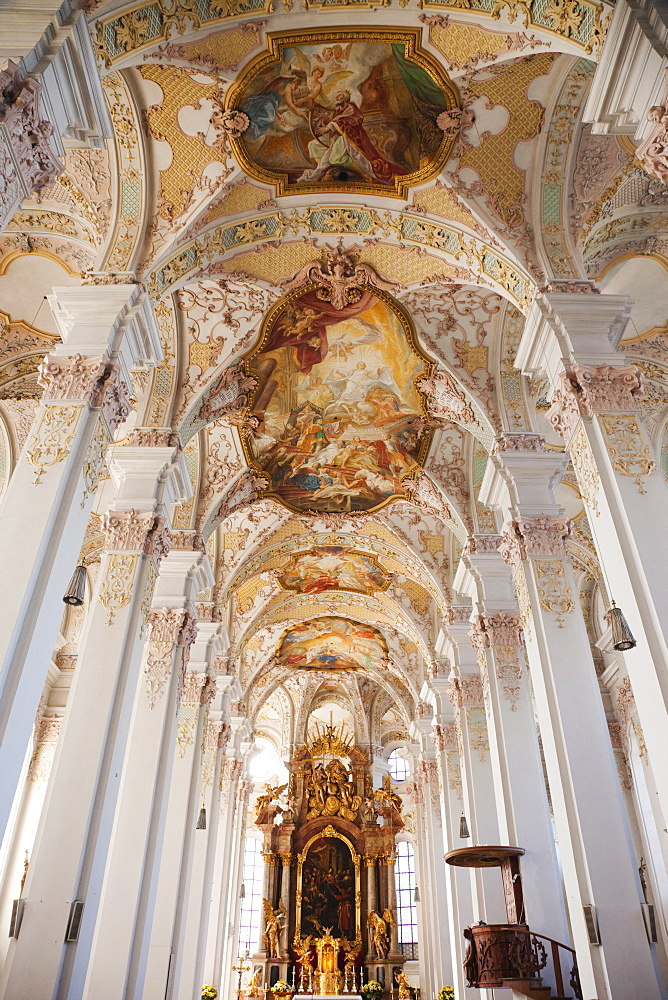 Baroque interior, Heilig Geist Pfarrkirche (Holy Ghost Church), Munich, Bavaria, Germany, Europe - 834-7158