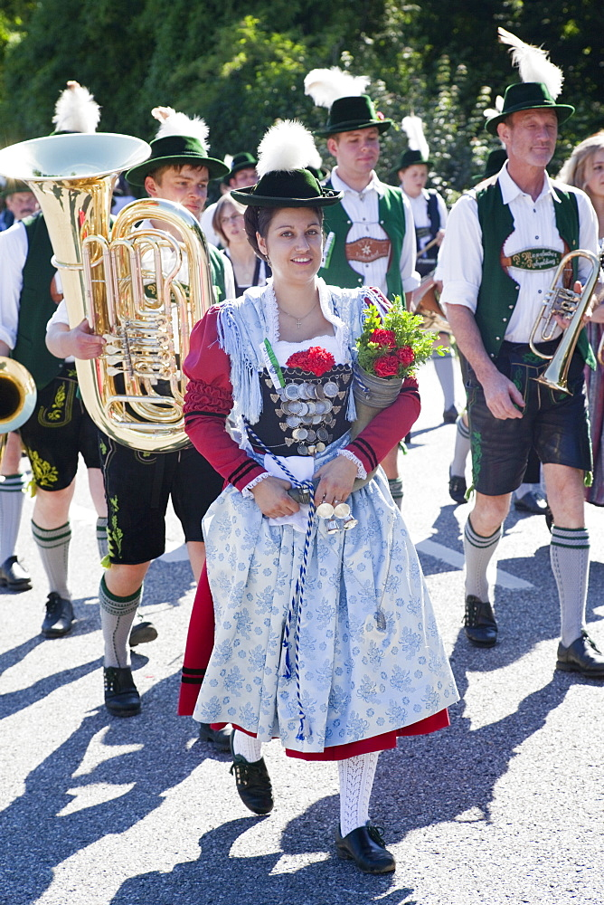 People in traditional Bavarian costume at Folklore Festival, Burghausen, Bavaria, Germany, Europe - 834-7181
