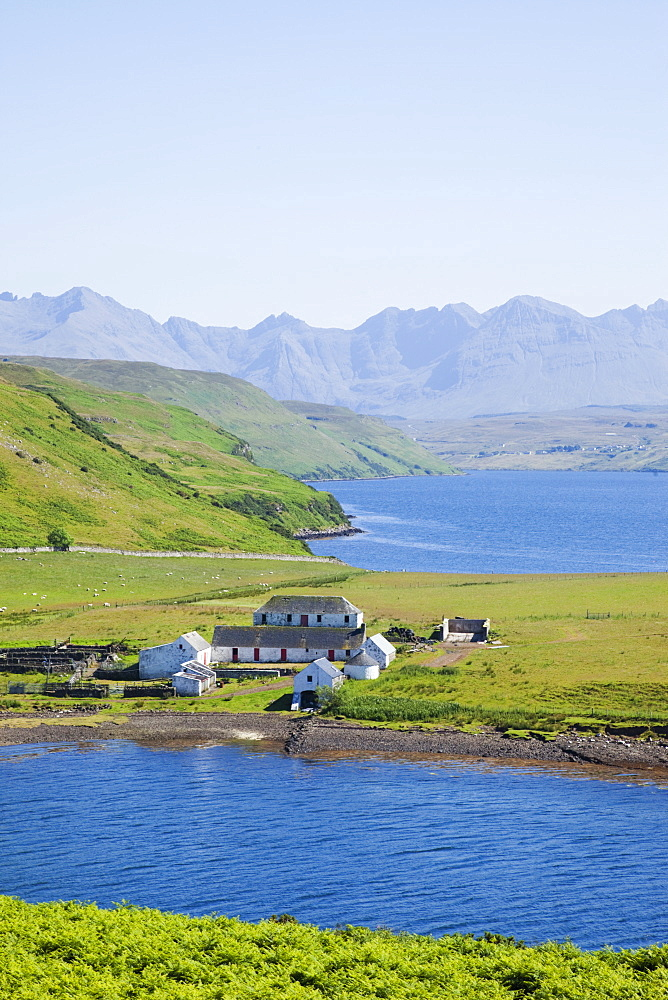 Loch Harport and the Cullin Mountains, Isle of Skye, Inner Hebrides, Scotland, United Kingdom, Europe - 834-7243