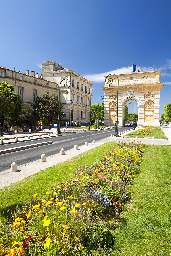 The Arc de Triomphe, Rue Foch, Montpellier, Languedoc-Roussilon, France, Europe - 835-51