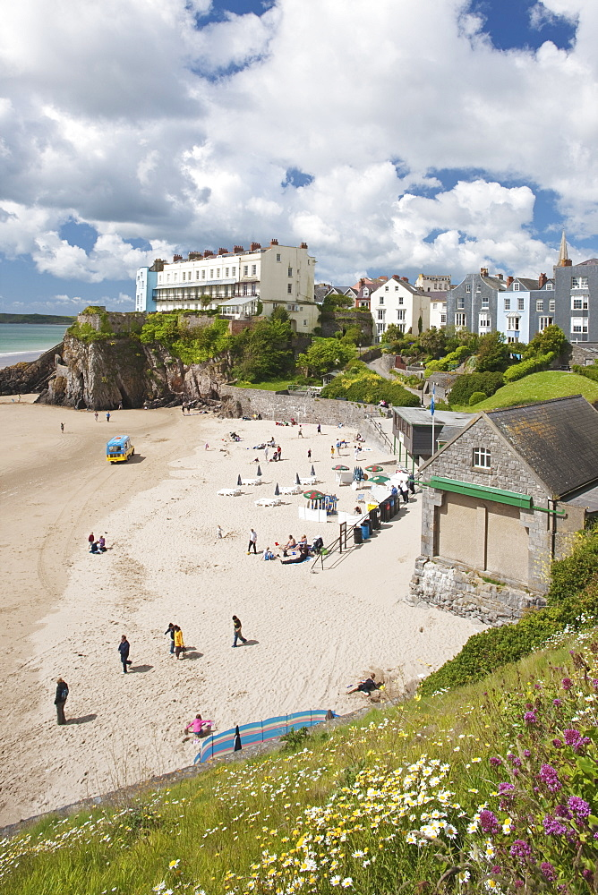 South Beach, Tenby, Pembrokeshire, Wales, United Kingdom, Europe - 835-74