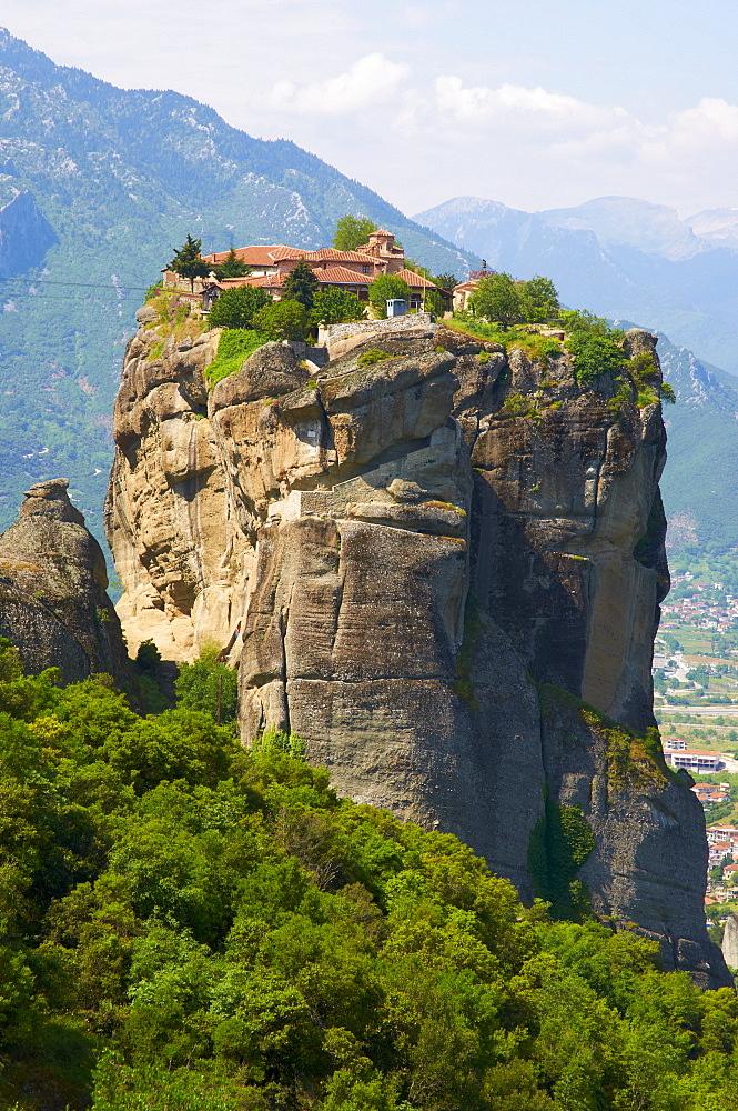 Monastery of the Holy Trinity (Agia Triada), Meteora, UNESCO World Heritage Site, Greece, Europe