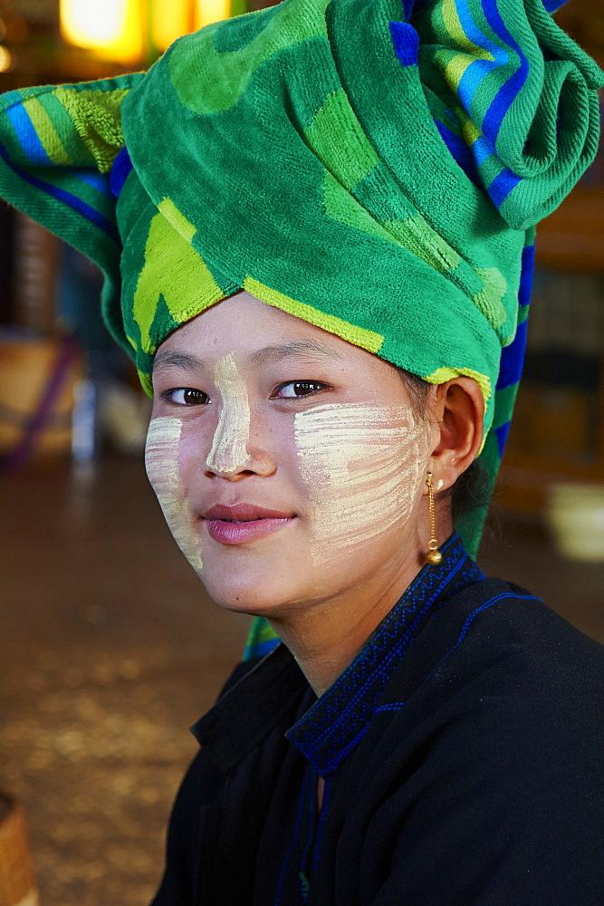 Young woman of the Pa-O ethnic group, Inle Lake, Shan State, Myanmar (Burma), Asia