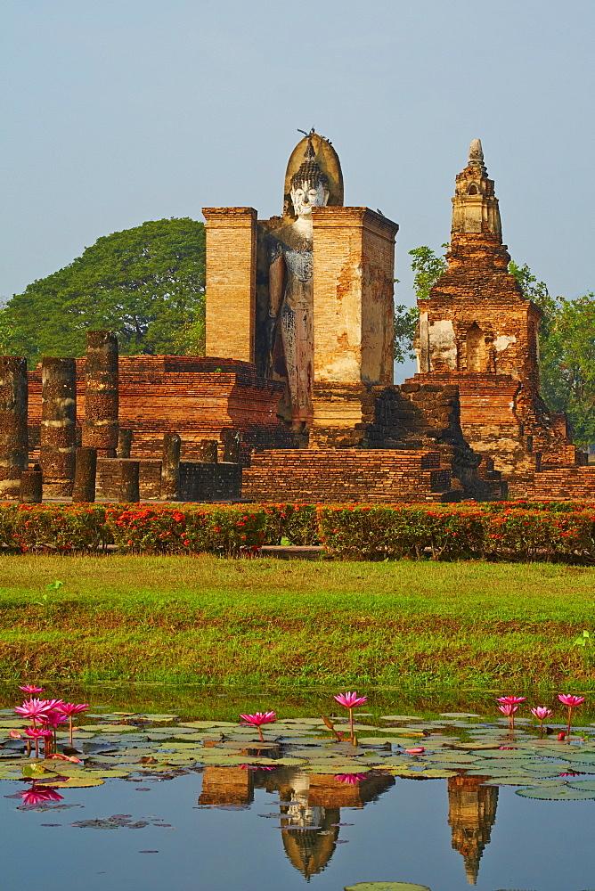 Wat Mahatat, Sukhothai Historical Park, UNESCO World Heritage Site, Sukhothai, Thailand, Southeast Asia, Asia - 841-1505