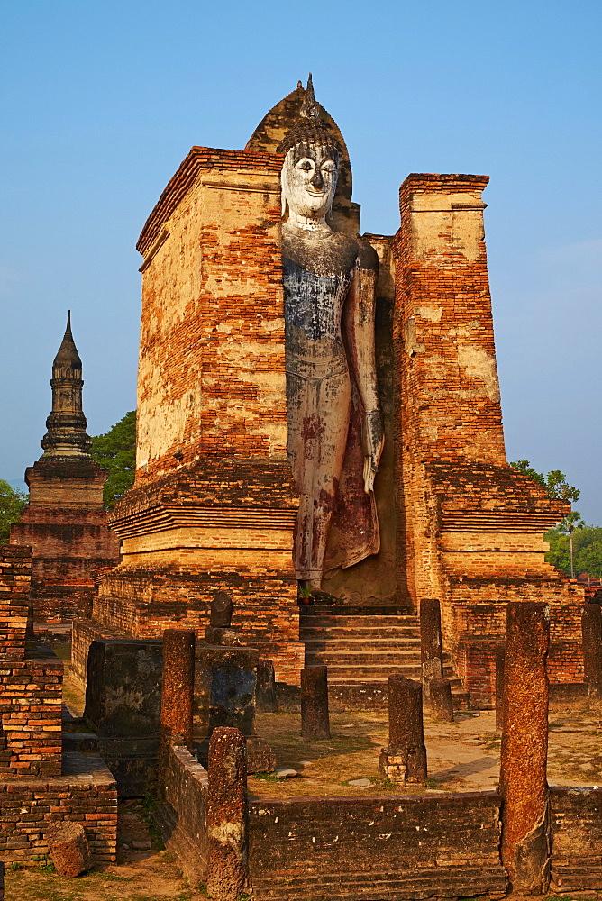Wat Mahatat, Sukhothai Historical Park, UNESCO World Heritage Site, Sukhothai, Thailand, Southeast Asia, Asia - 841-1507