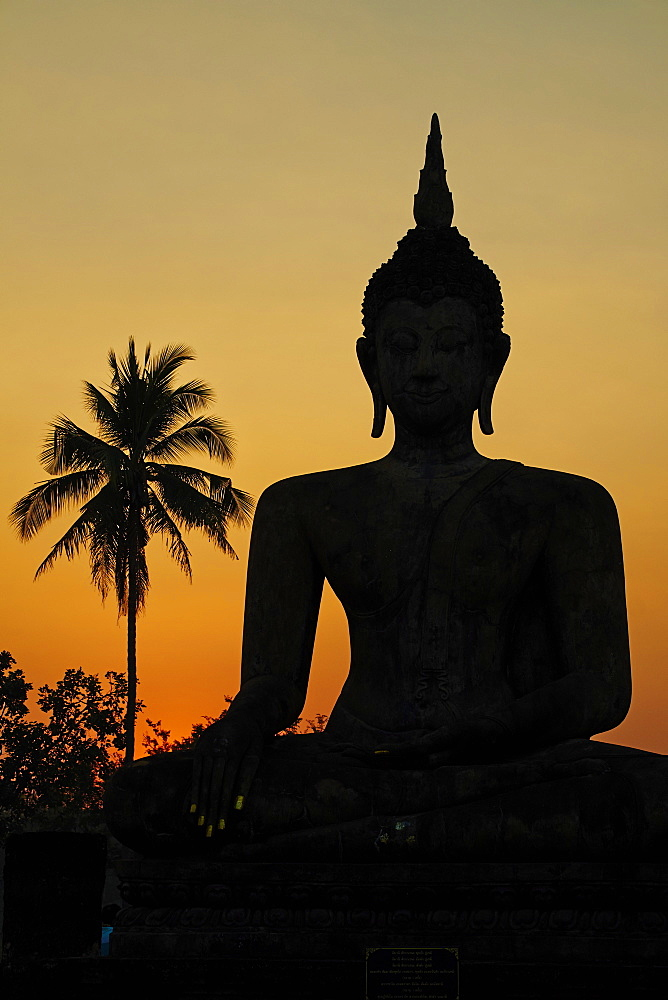 Wat Mahatat, Sukhothai Historical Park, UNESCO World Heritage Site, Sukhothai, Thailand, Southeast Asia, Asia - 841-1514