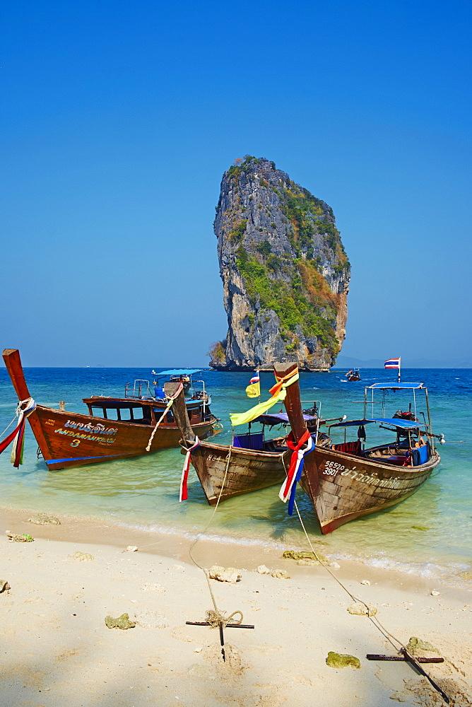 Ao Phra Nang Bay, Ko Poda Island, Krabi Province, Thailand, Southeast Asia, Asia - 841-1556