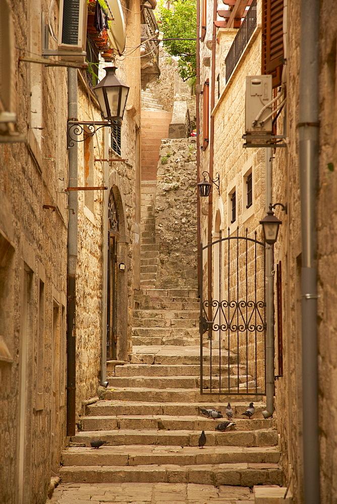 Narrow street, Old Town, Kotor, UNESCO World Heritage Site, Montenegro, Europe