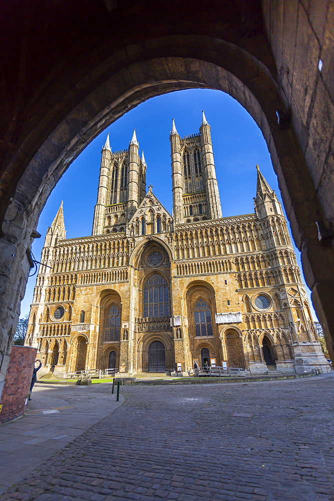Lincoln Cathedral viewed through archway of Exchequer Gate, Lincoln, Lincolnshire, England, UK, Europe