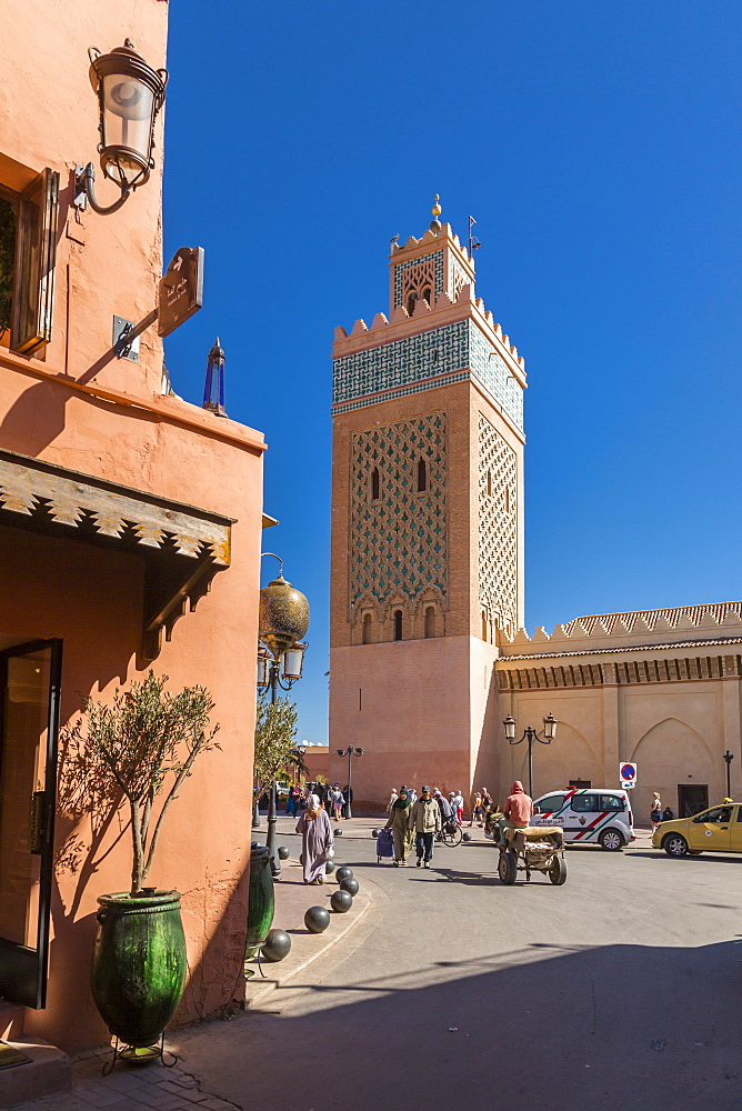 View of the Moulay El Yazid Mosque and street scene, Marrakesh (Marrakech), Morocco, North Africa, Africa
