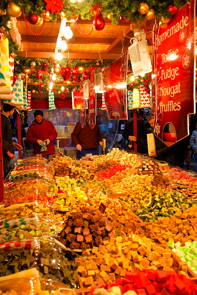 Toffee fudge stall, Christmas Market, Albert Square, Manchester, England, United Kingdom, Europe