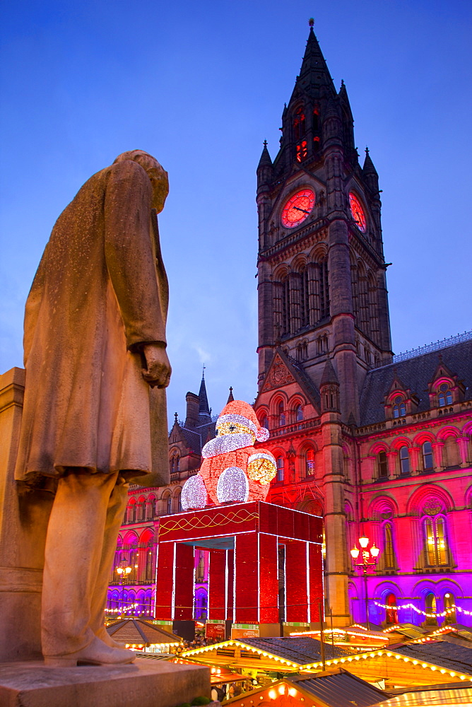 Christmas Market and Town Hall, Albert Square, Manchester, England, United Kingdom, Europe