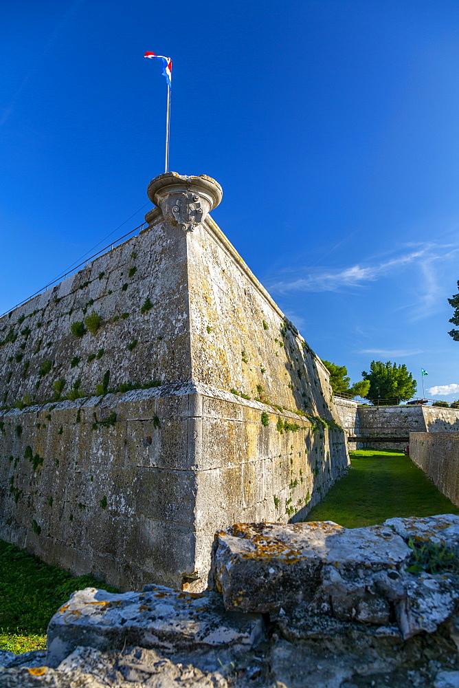 View of the Venetian fortress, Pula, Istria County, Croatia, Adriatic, Europe