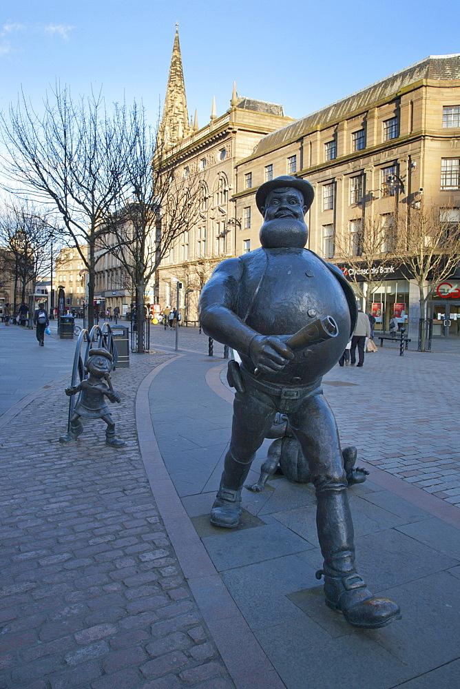 Desperate Dan statue, Dundee, Scotland