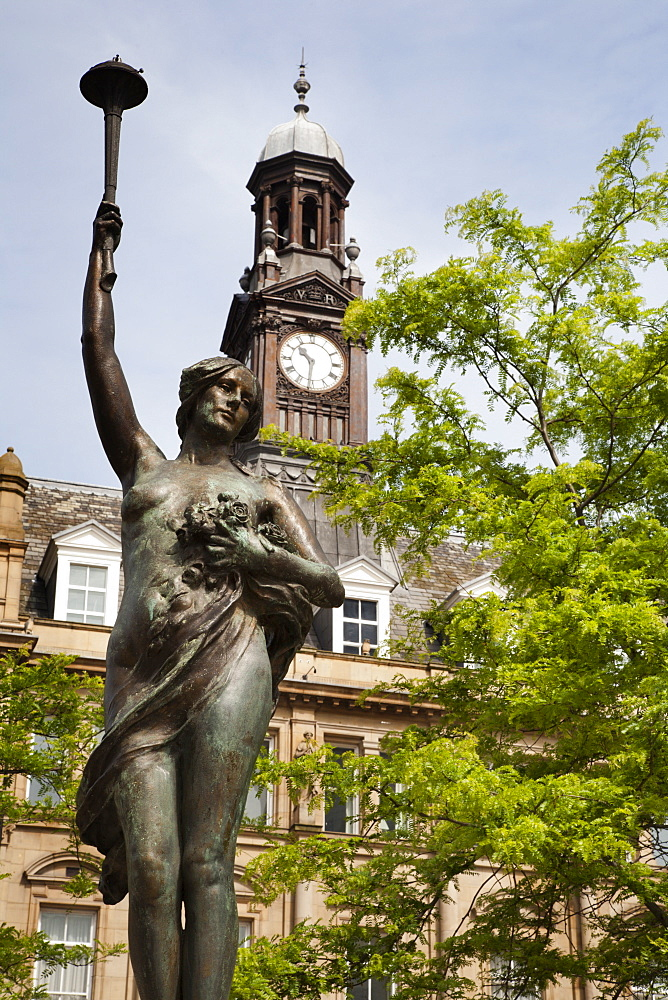 Morn Statue in City Square, Leeds, West Yorkshire, Yorkshire, England, United Kingdom, Europe