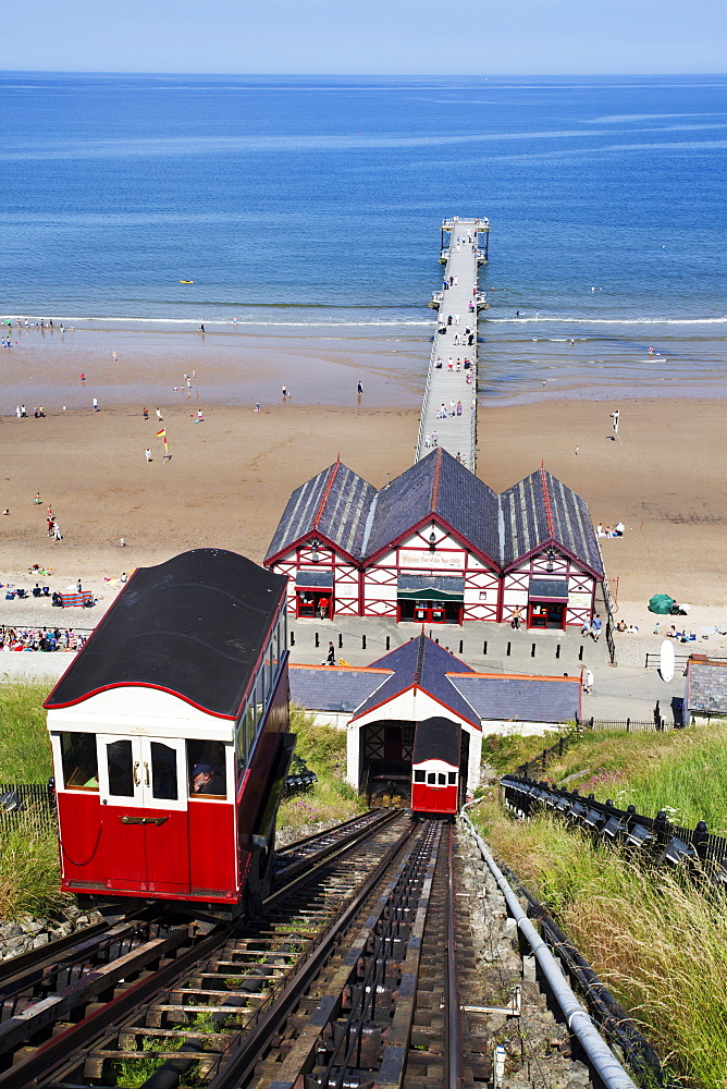 Cliff Tramway and the Pier at Saltburn by the Sea, Redcar and Cleveland, North Yorkshire, Yorkshire, England, United Kingdom, Europe