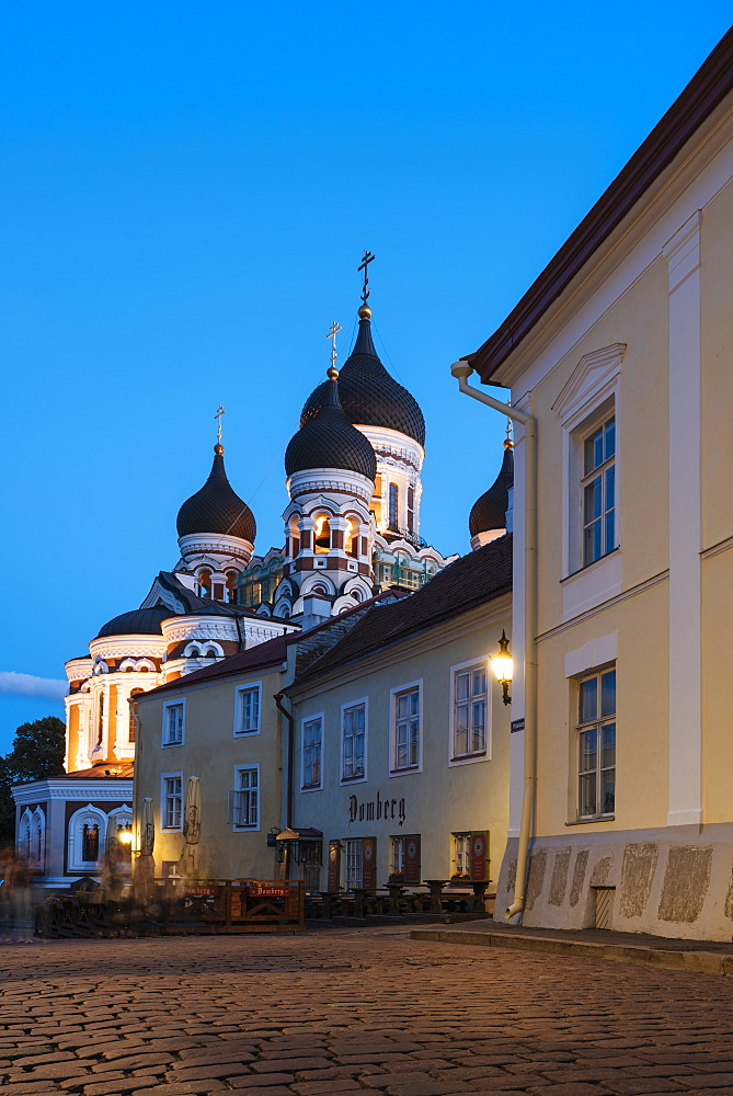 Exterior of Russian Orthodox Alexander Nevsky Cathedral at night, Toompea, Old Town, UNESCO World Heritage Site, Tallinn, Estonia, Europe