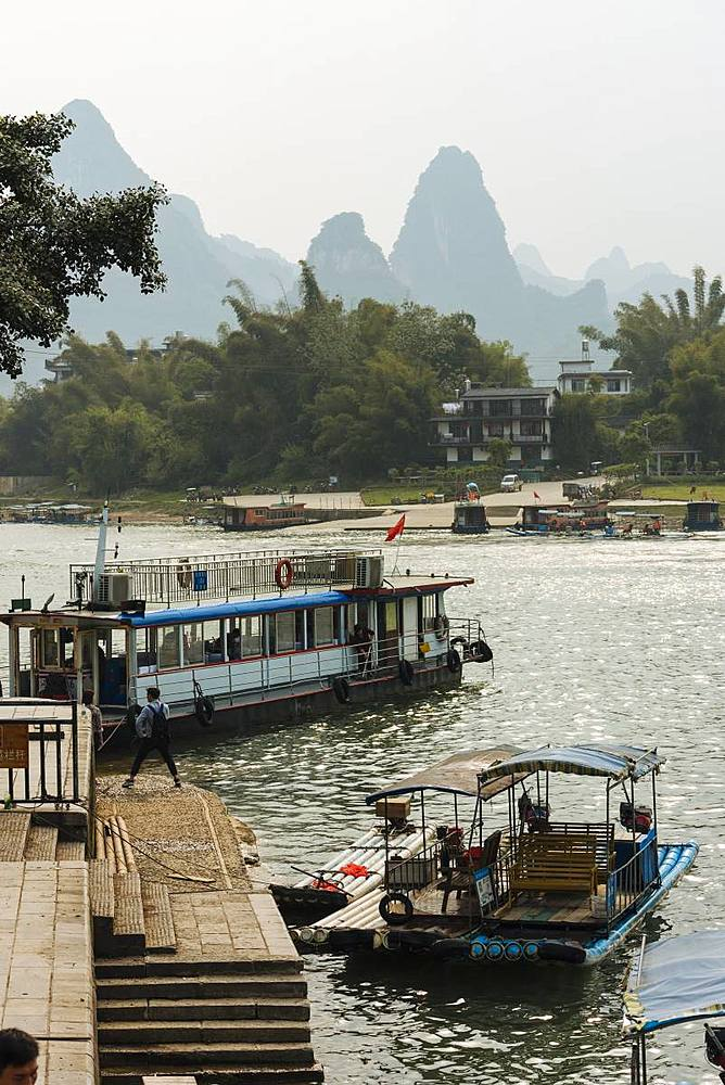 Boats at Xingping docks, Guilin, Guangxi Province, China, Asia