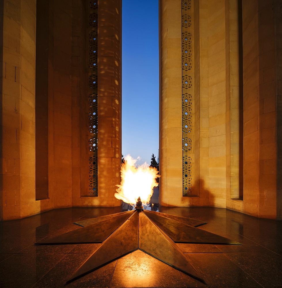 Shahidlar Monument, Baku, Azerbaijan, Central Asia, Asia
