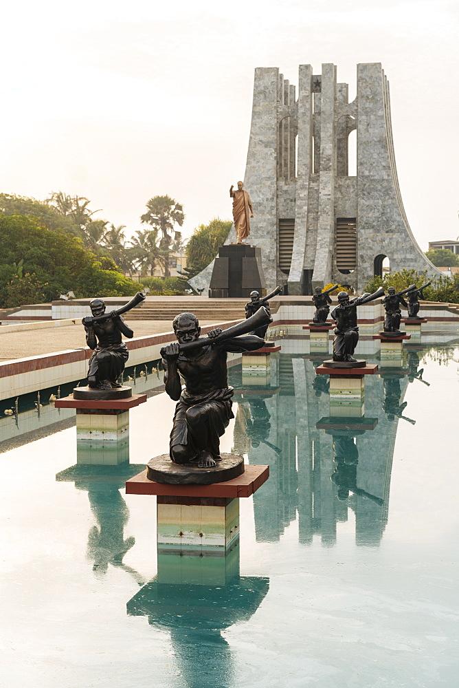Kwame Nkrumah Memorial Park & Mausoleum, Accra, Ghana, Africa - 848-1712