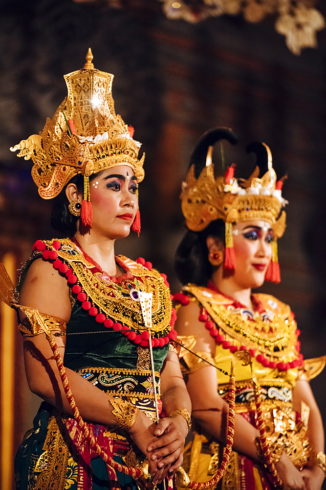 Traditional Balinese Dance Performance, Ubud, Bali, Indonesia, Southeast Asia, Asia - 848-1895
