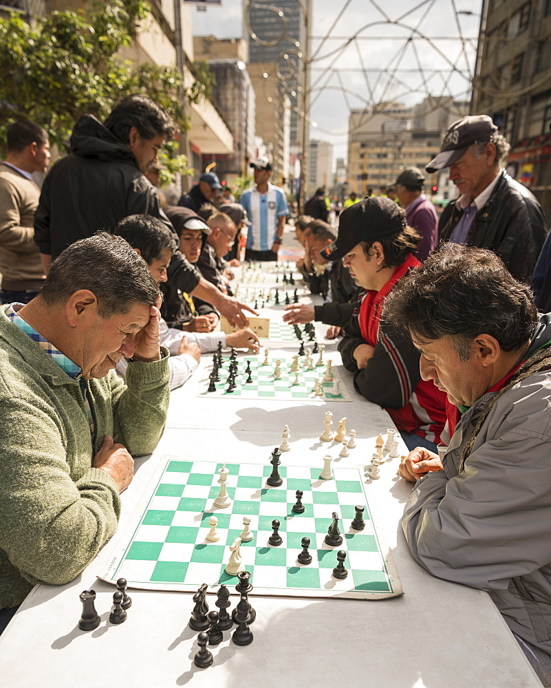 Men playing chess, La Candelaria, Bogota, Cundinamarca, Colombia, South America - 848-2088