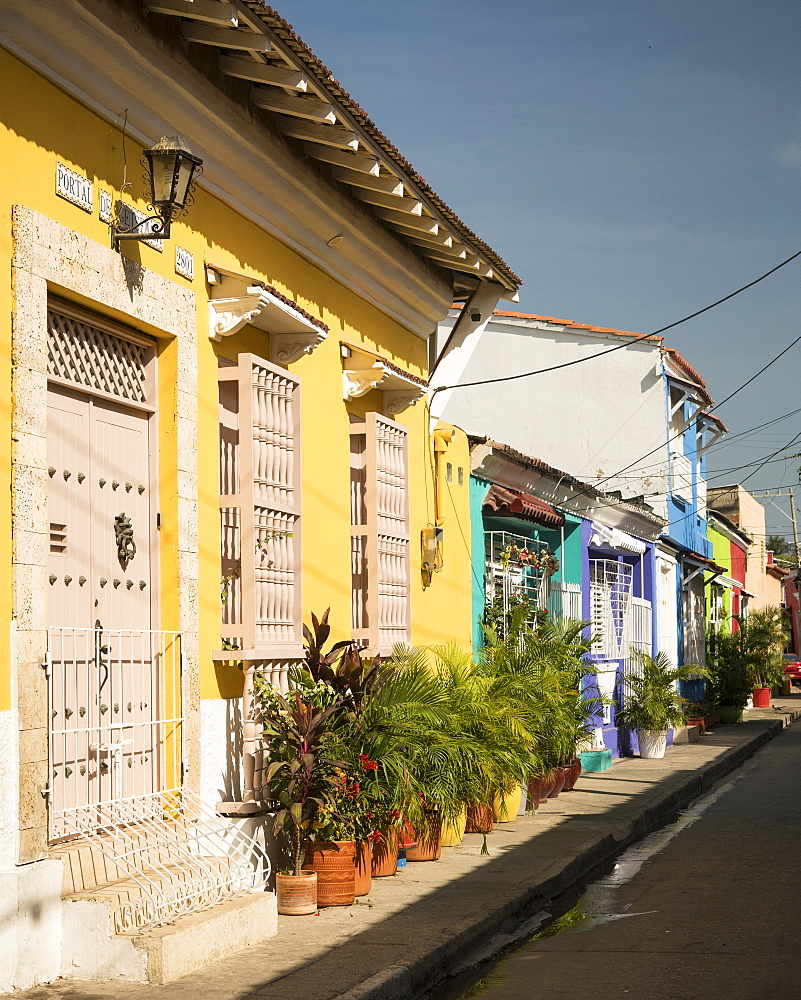 Street scene, Getsemani Barrio, Cartagena, Bolivar Department, Colombia, South America - 848-2125