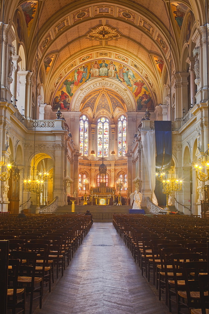 The interior of L'Eglise Saint Roch in Paris, France, Europe