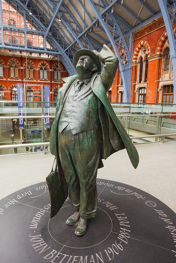 The statue of John Betjeman at St. Pancras International station, London, England, United Kingdom, Europe
