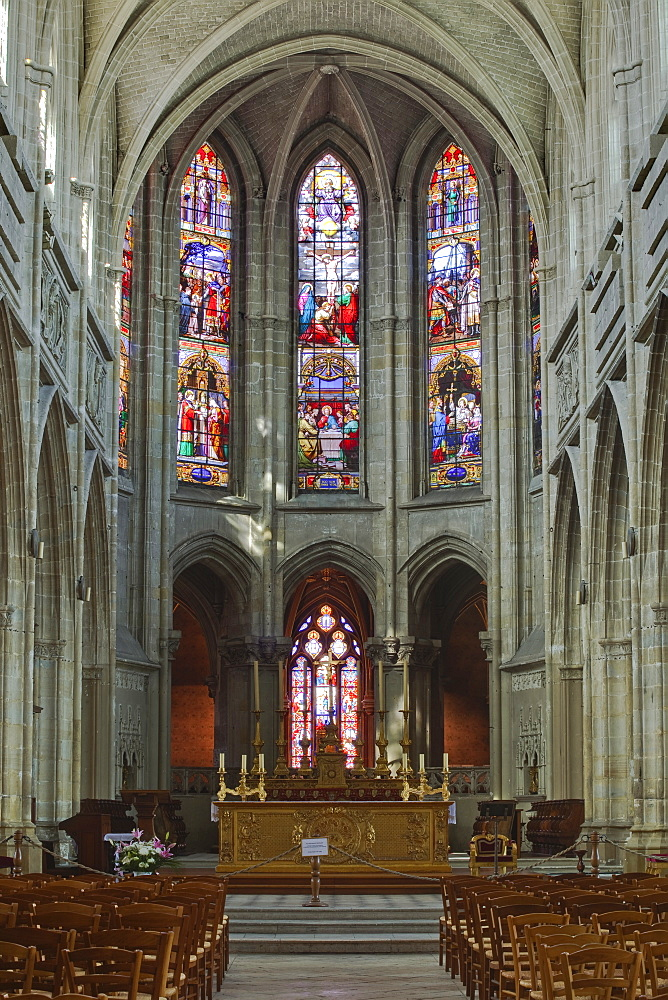 The nave of Saint Louis de Blois cathedral, Blois, Loir-et-Cher, Centre, France, Europe