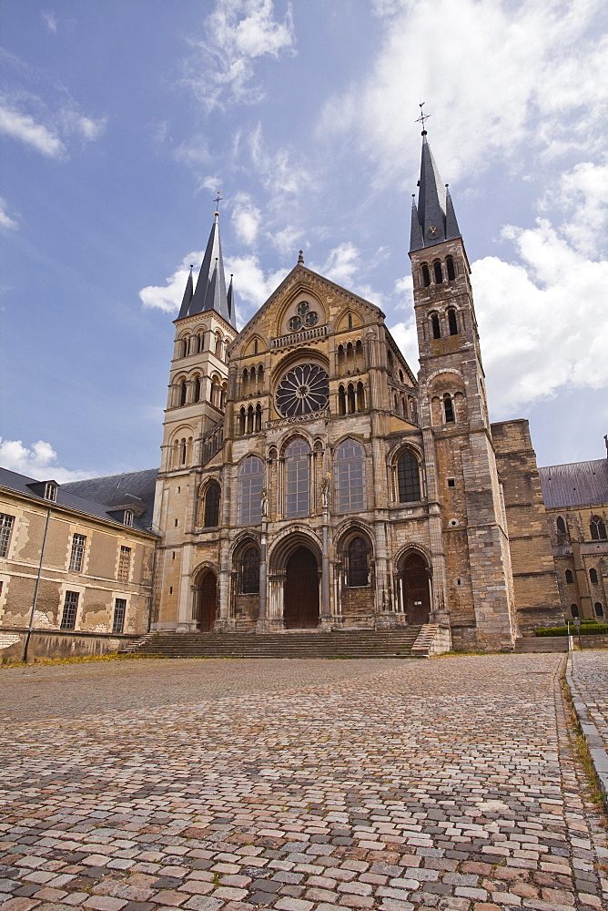 Basilique Saint Remi in the city of Reims, Champagne Ardenne, France, Europe