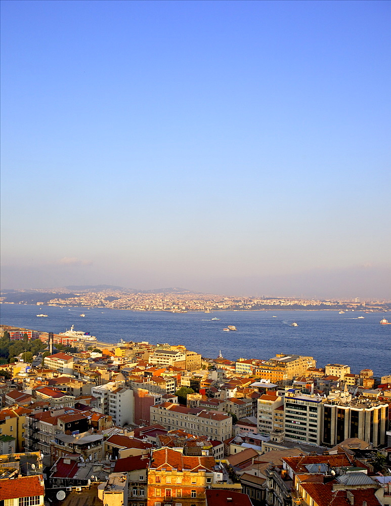Panoramic view of Istanbul from Galata tower, Istanbul, Turkey, Europe, Eurasia