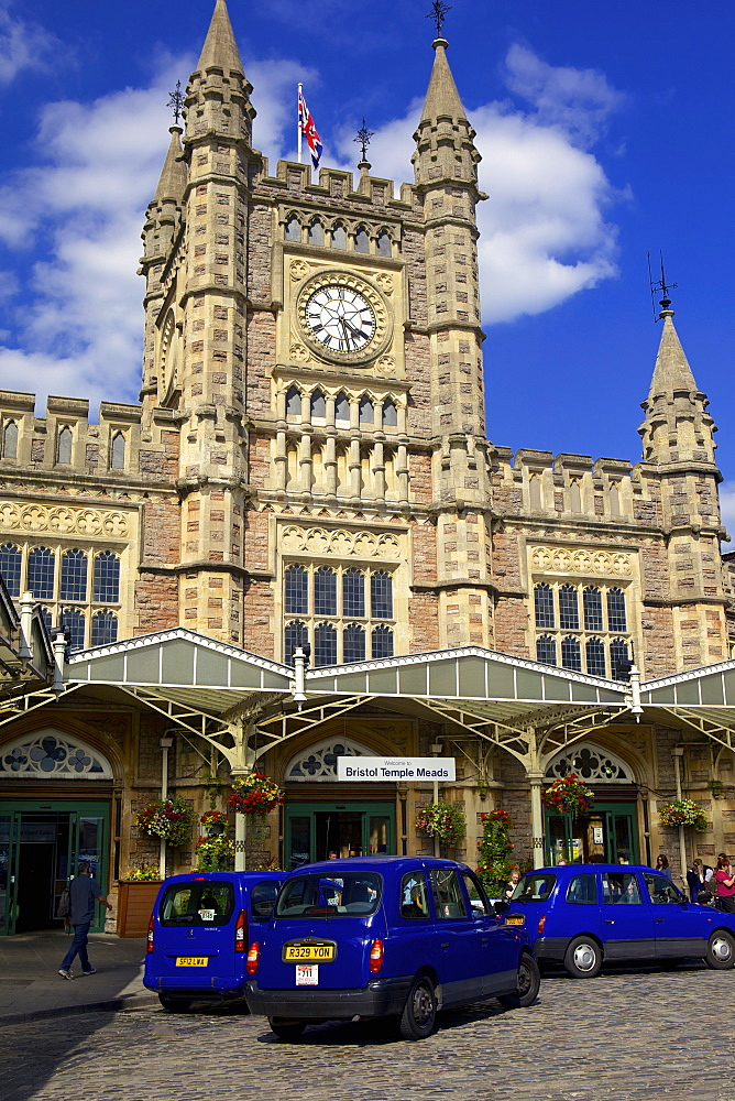 Bristol Temple Meads train station with taxis outside, Bristol, England, United Kingdom, Europe - 851-584
