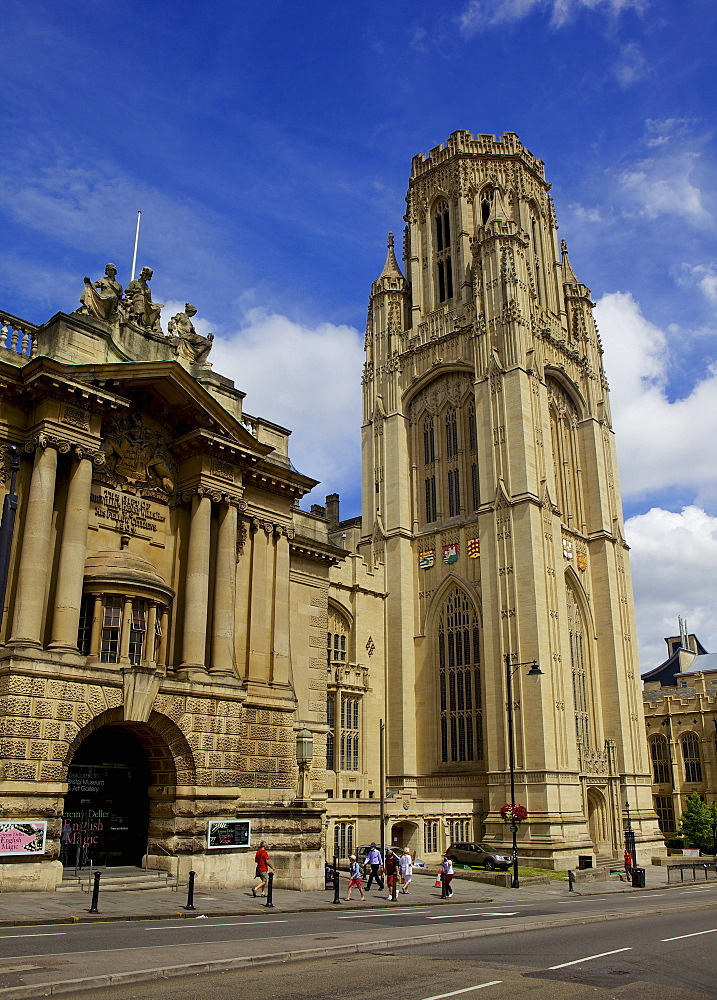 City Museum and Art Gallery and Wills Memorial building, part of the University of Bristol, Bristol, England, United Kingdom, Europe - 851-590