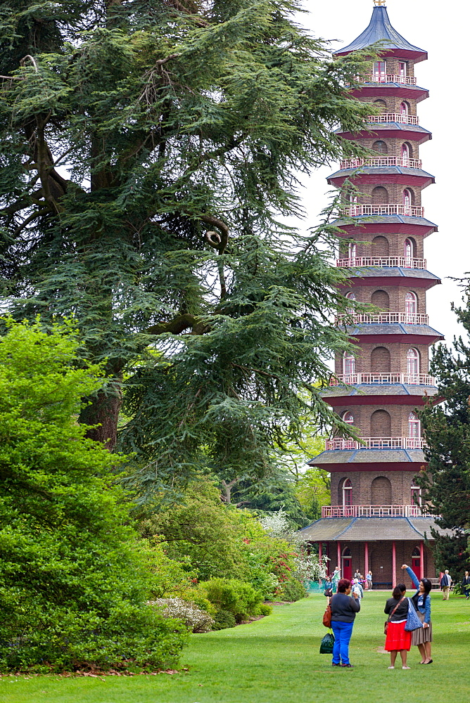 The Pagoda in Kew Gardens, UNESCO World Heritage Site, Kew, Greater London, England, United Kingdom, Europe - 851-627