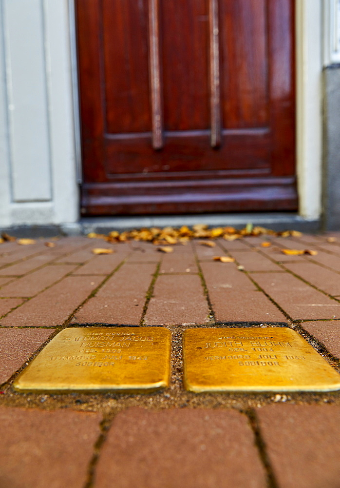 Stumbling Stones (Stolpersteine), Holocaust memorial placed in front of victims last home, Nieuwe Uilenburgerstraat, Amsterdam, North Holland, The Netherlands, Europe - 851-924