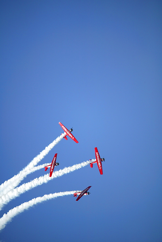 The Aeroshell aerobatic flight team performs at the 2005 Sun-n-Fun Airshow in Lakeland, FL
