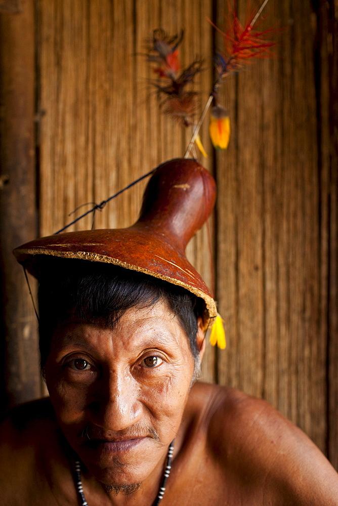 Portrait of an Oro Win elder, Amazon Basin, Brazil. - 857-56725
