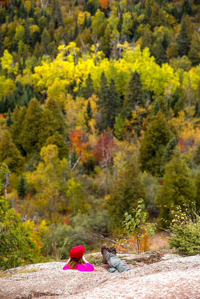 Scenery with forest and hikers at Oberg Mountain hiking trail, Tofte, Minnesota, USA