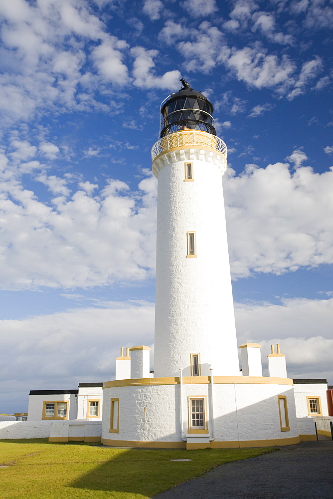 The Mull of Galloway lighthouse on Scotlands most southerly tip, Scotland, United Kingdom, Europe
